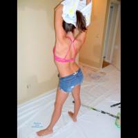 26yo Naked Paintin' Gurl
