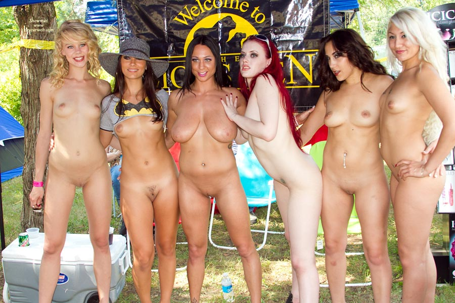 from Gunner girls nude group pic