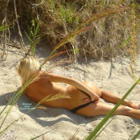 Med Valentinas Spying Contri - Rear View, Round Ass, Beach Voyeur