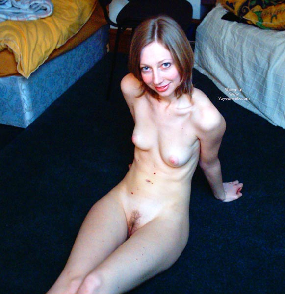 Pic #7 - Sexy Sophie, Naked 4 U