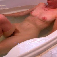 Clarissa In The Tub 2