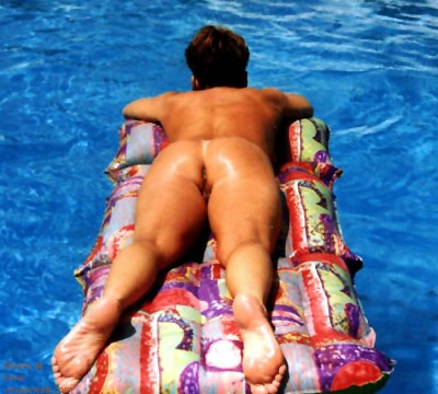 Pic #2 - To      hot for the Pool