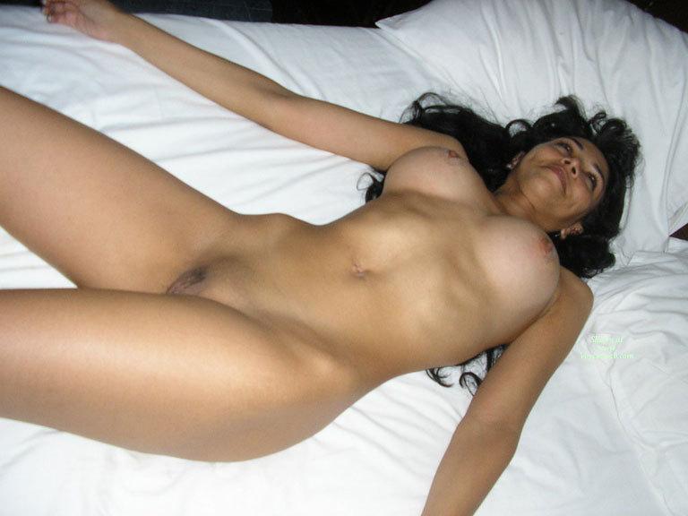 Panamanian Wife Preview - April, 2007 - Voyeur Web-2184