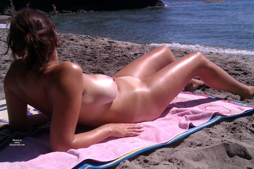 Big Boobs In Ibiza..... ,  I Managed To Do These Nice Photos Of This Girl In A Nudist Beach...incredible Boobs....