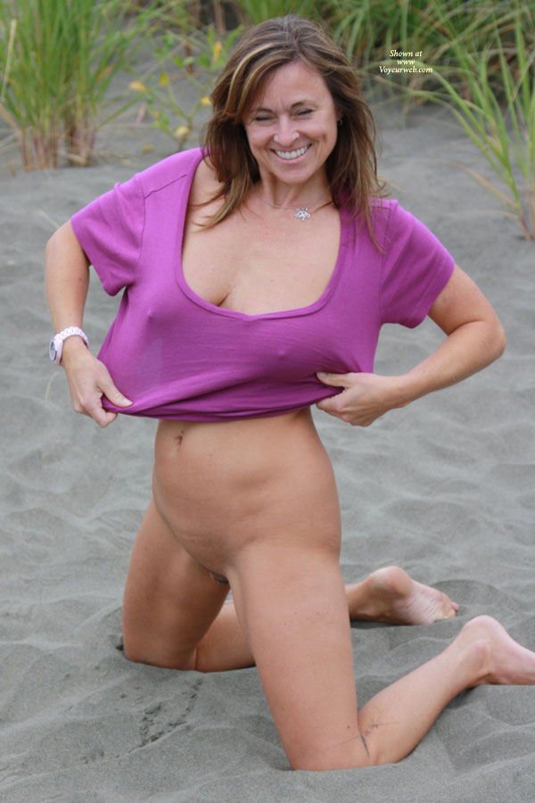 Pic #5 Gettin Naked In The Sand