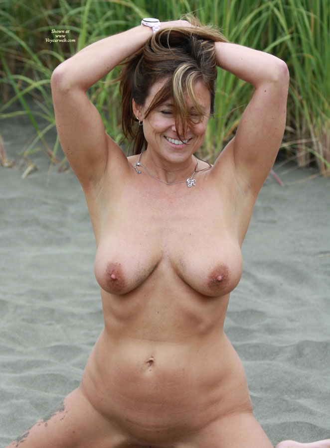 Pic #10 Gettin Naked In The Sand