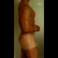 M* Islandguy Returns - In The Shower
