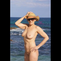 Nude Women On The Beaches