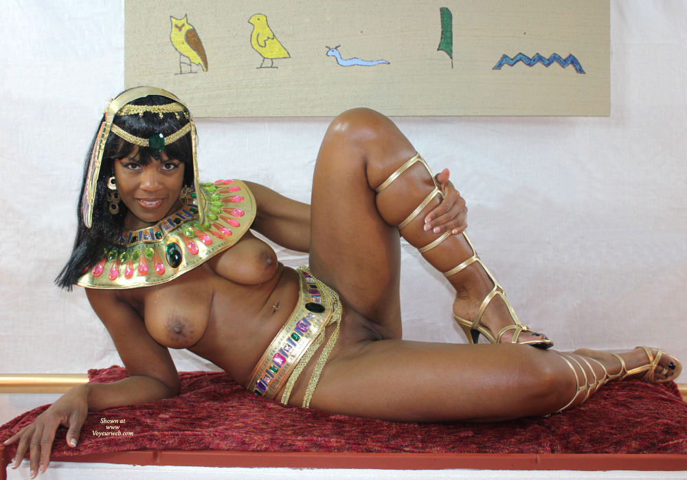 Nude Cleopatra - Big Tits, Black Hair, Trimmed Pussy, Bald Pussy, Naked Girl , Egyptian Costume On Niade Woman, Queen Of The Nile, Chocolate Twat, Fake Egyptian, Open Toed Sandles, Black Beauty