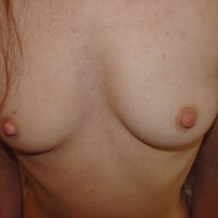Aussielouise - Squeeze Titties!