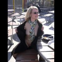 Flashing In A Restaurant - Blonde Hair, Flashing Tits, Flashing, Large Aerolas, Pale Skin, Sunglasses