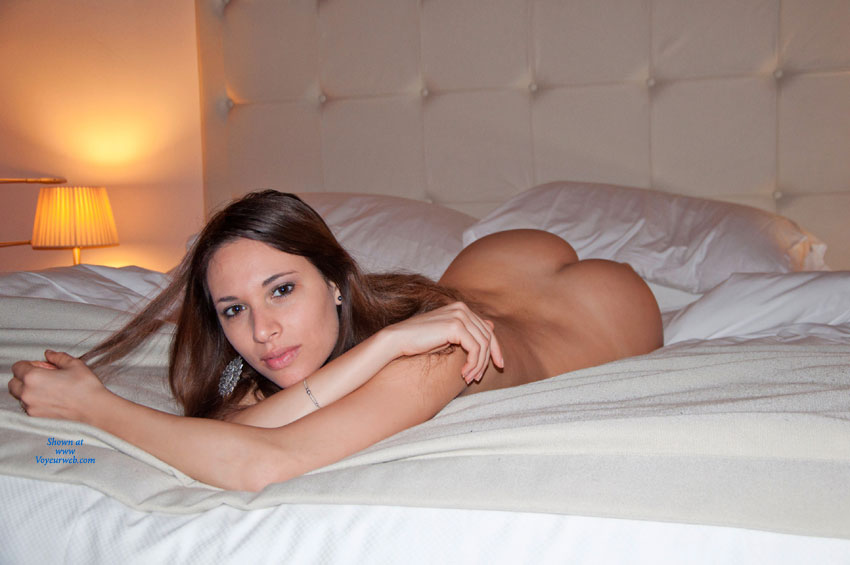 on Amateur bed naked girl