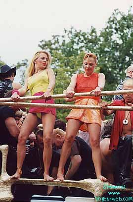 Pic #1 - love-parade 2000 in Berlin