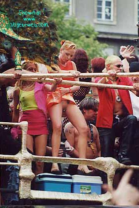 Pic #2 - love-parade 2000 in Berlin