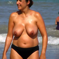 Topless Beach Sexy Mother 2