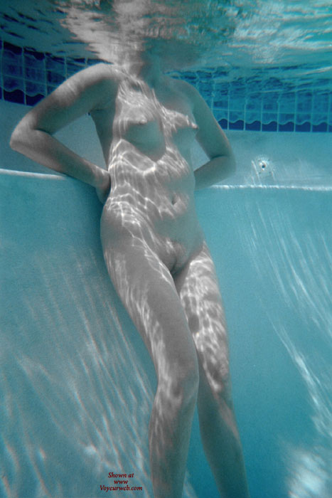 Pic #1 - Underwater Shot - Shaved Pussy , Underwater Shot, Naked In Pool, Shaved Pussy