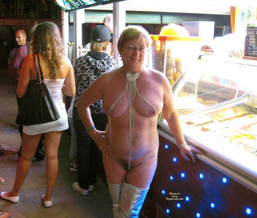Pic #4 Naked Outside