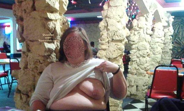 Pic #9 - More Of Peaches (Bbw) Flashing In Tx
