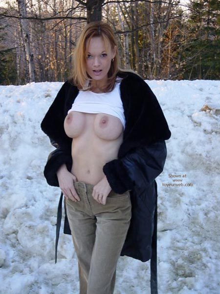 Pic #3 - It'S Cold Outside... Naked!