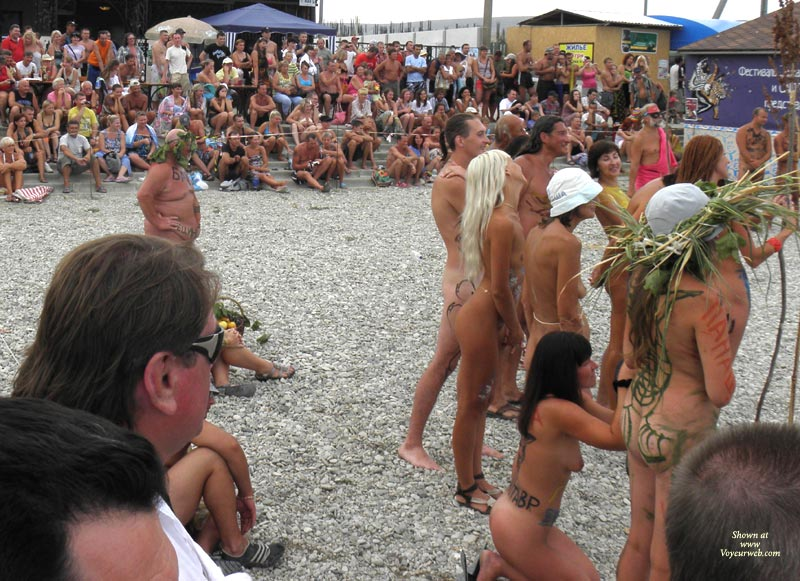 Pic #3 - Black Sea ... Nudist Beauty Contest. Part I: Blonde