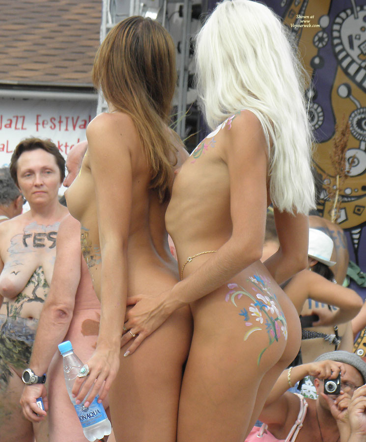Pic #5 - Black Sea ... Nudist Beauty Contest. Part I: Blonde