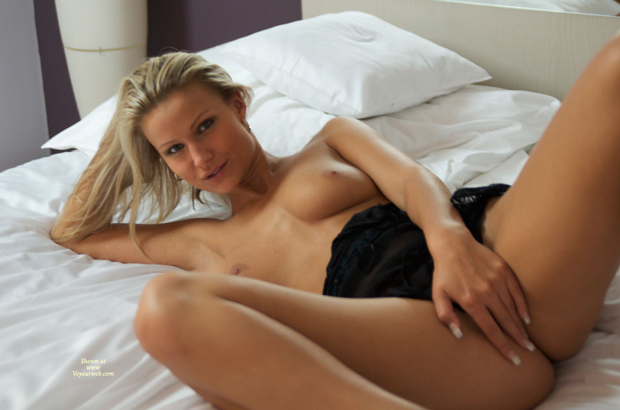 Pic #1 - Blond Chick On Bed Legs Spread Covering Pussy - Blonde Hair, Long Hair, Long Legs, Spread Legs, Topless, Looking At The Camera , Lying On Bed, Lying Back In Bed Topless And Bottomless, Nice Smile, Topless In Bed, Covering Pussy, Topless Amateur