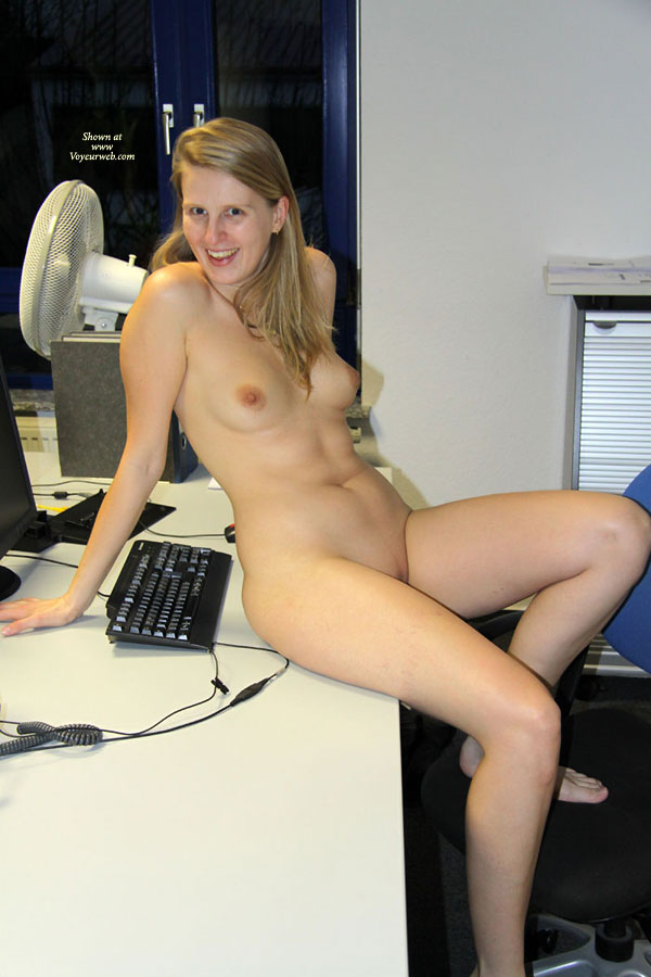 Nude at working that can