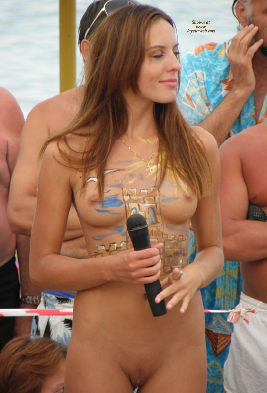 Pic #8 - Real Amateur Nudist Beauty Contest. Part II: Brunettes