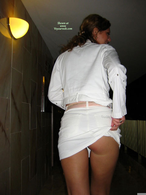 Flashing Partial Ass Cheek - Brunette Hair, Flashing Ass, Flashing, Wife Ass , White Mini Skirt, Partial Raised Skirt From Behind, Short White Skirt, Peep Show, Pantiless, A Little Flash, White Denim Jacket, White Skirtsuit With A Peek From Behind
