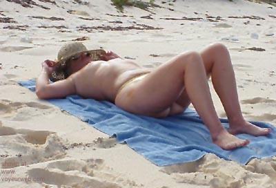 Pic #4 - Mary      Ann @ The Beach 2