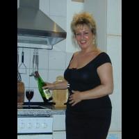 Kathi 57 Years Old