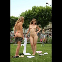 *gg Elektra And Lory Change In Public - Exposed In Public, G String, Nude In Public