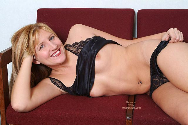 Pic #7 - A Little Black Lingerie From Cassie