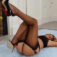 Milf Linda In Black Stockings 2