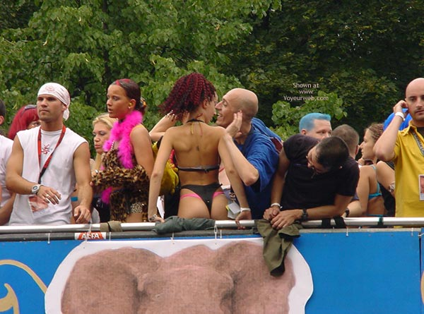 Pic #6 - Loveparade 2000