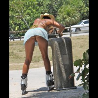 s: pantyless upskirt of rollerblading girl