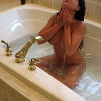 Carrie ~bath Time