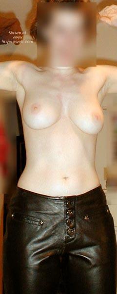 Pic #2 - Bo Presenting My Tight Body