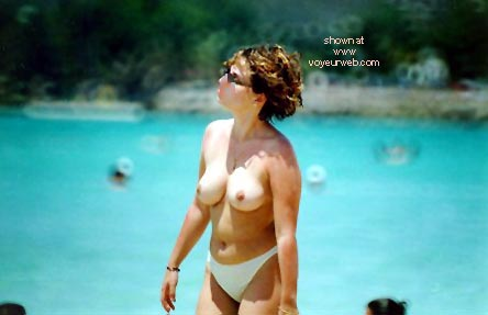 Pic #5 - TOPLESS AROUND THE WORLD 3