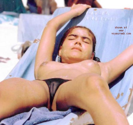 Pic #2 - Erotic Beach Scenes
