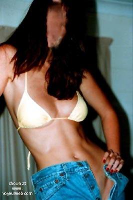 Pic #2 - OZ      Beach Girl