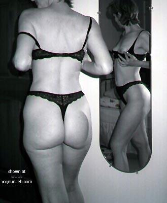 Pic #1 - Met Fan in Mirror