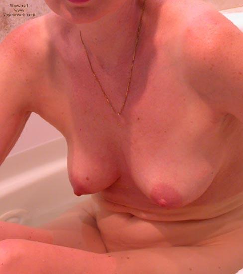 Pic #2 - Clarissa In The Tub 3