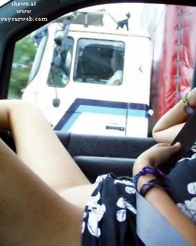 Pic #5 - Luky      Trucker