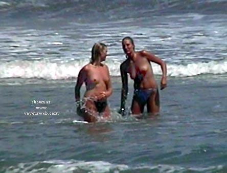 Pic #4 - Beach Babes