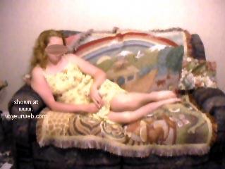 Pic #1 - Blondie Goes Voyeur