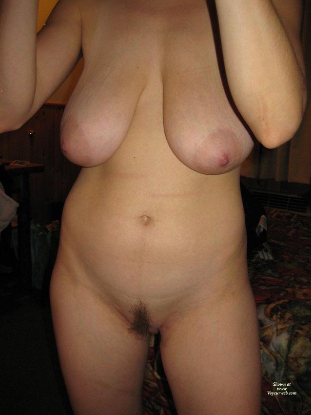 Pic #4 - Nude Amateur:Hefty Boobs - Nude Amateurs