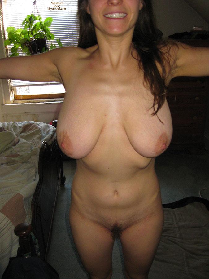 Pic #5 - Nude Amateur:Hefty Boobs - Nude Amateurs
