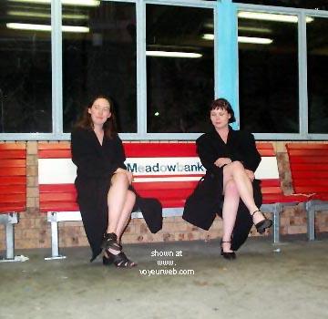 Pic #9 - Emma & Penni Do Sydney