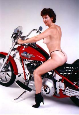 Pic #5 - Sexy Rear on a Harley